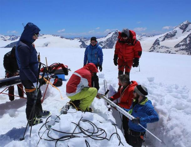 The ice core drilling operation at Weißseespitze summit glacier. A special lightweight electromechanical drill was used to recover two ice cores. (Credit: Norbert Span/Nature 2020)