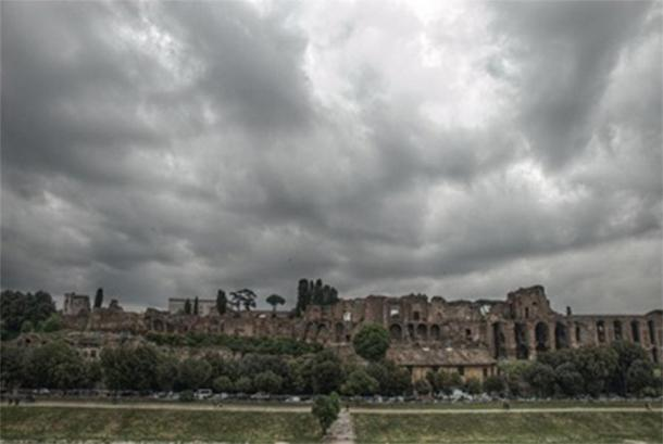 Ruins of Imperial Palace on the Palatine Hill (Johan Haggi/ CC BY-SA 3.0)