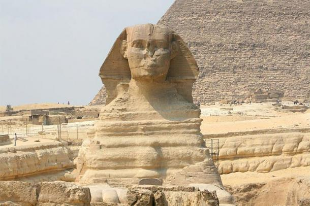 A frontal view of the Great Sphinx of Giza. Notice the extreme weathering on the body that initially led researchers to question its assumed age and thus, Khafre's true involvement in its construction has been thoroughly questioned since. (Diego Delso / CC BY-SA 3.0).