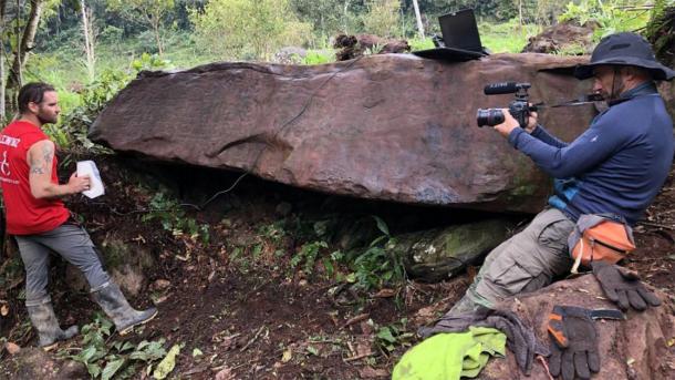 Archaeologists scan the Peruvian monolith for research. (Daniel Fernandez-Davila / Exact Metrology)