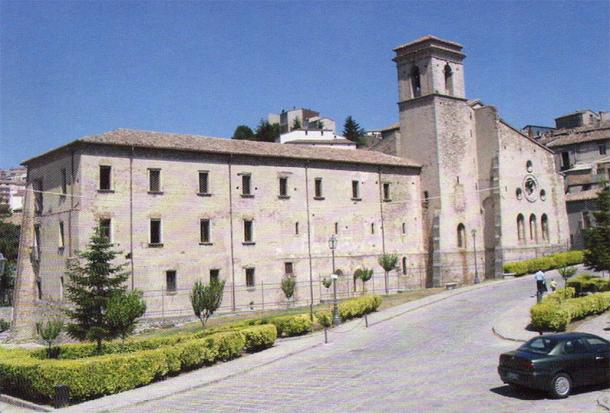 Monastery of San Giovanni in Fiore: The abbey's apse and bell tower. (Public Domain)