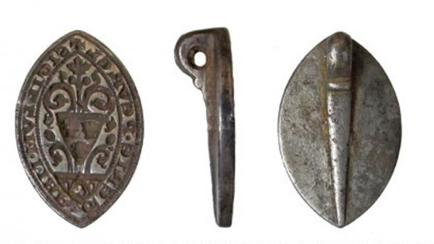 The medieval seal of a young woman was found in Buckinghamshire, England. Source: Oxfordshire County Council