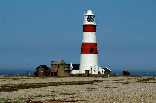 The Orfordness Lighthouse, the brightest lighthouse in the U.K., which may have been the source of the strange lights in the Rendlesham Forest UFO sightings. (David Merrett / CC BY 2.0)