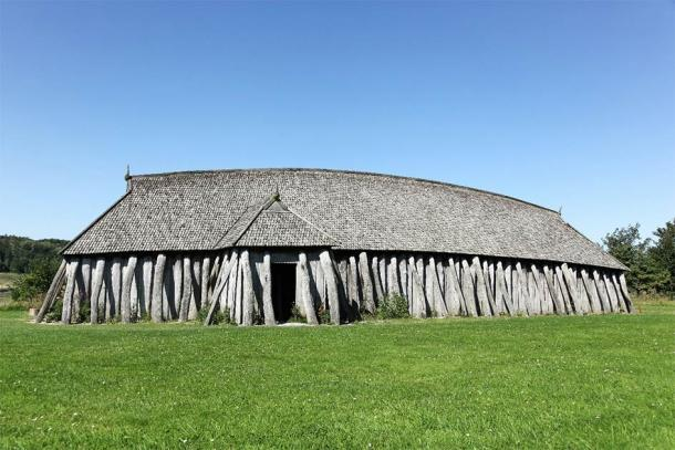The design and structure of the newly discovered ancient Viking temple in Norway was quite different from a typical Viking longhouse, like this one in Denmark. (Ricochet64 / Adobe Stock)