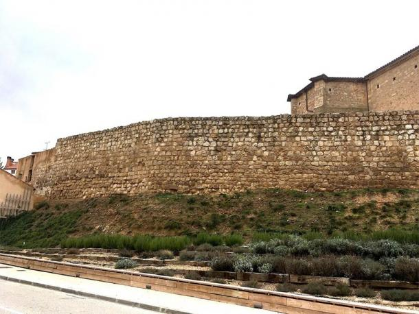 Section of the medieval village wall in Almazán, Spain. (Retuerce Velasco, M. et. al. / Universidad Complutense de Madrid)