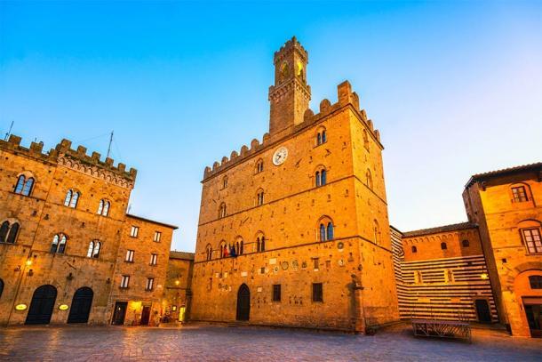 Palazzo Dei Priori of Volterra, Italy (stevanzz / Adobe Stock)