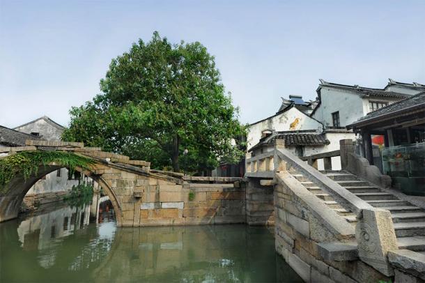The famous Double Bridge of Zhouzhuang. (wusuowei / Adobe Stock)