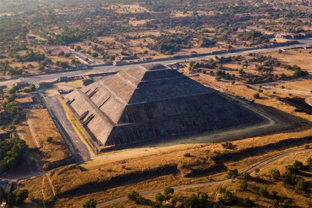 Pyramid of the Sun in the ancient Aztec city of Teotihuacan, Mexico, where human heads and bodies once rolled and tumbled down a long flight of stairs to the waiting crowd. (R.M. Nunes / Adobe Stock)