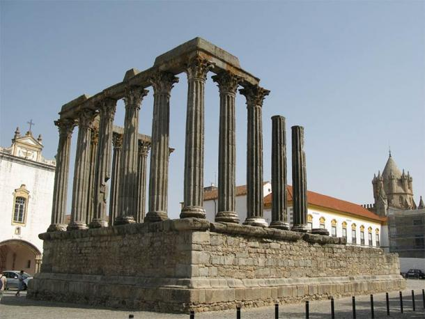 And don't forget the ancient Italians left more than Roman bases across Iberia such as this Roman temple still standing in Evora, Portugal. (ho visto nina volare from Italy / CC BY-SA 2.0)