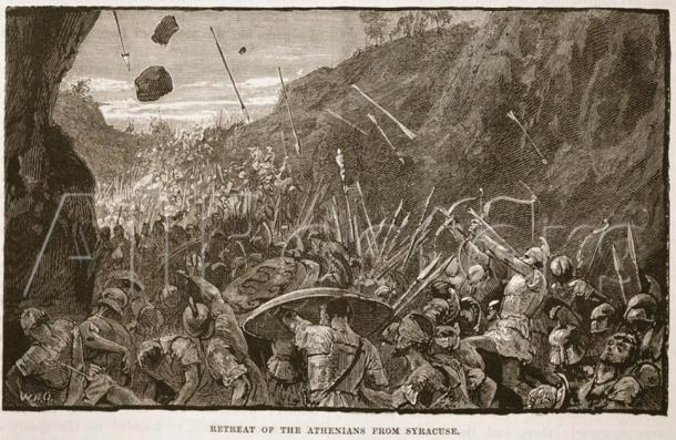 The Sicilian Campaign that Alcibiades orchestrated was a huge and embarrassing defeat for Athens and this image shows their retreat from Syracuse. (English School / Public domain)