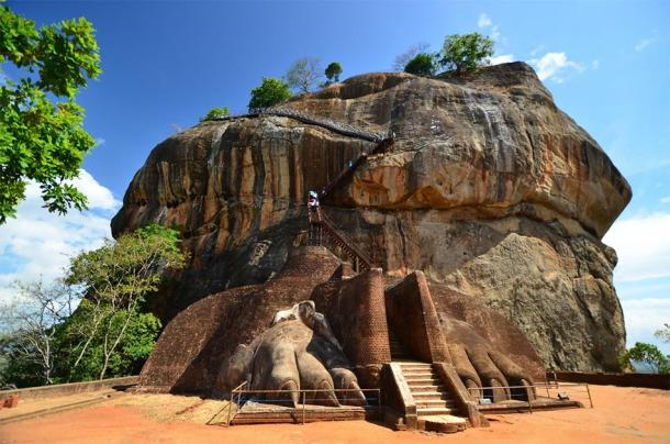 A frontal view of Sigiriya's 'lion' staircase. Evidently all that remains of the supposed staircase are the two frontal paws, along with the assumption that a great feline head was also once in place, slotted grandly above them. Where, or what happened, to this giant head is still an unsolved mystery... (Givaga / Adobe stock)