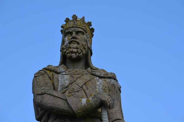 Statue of Robert the Bruce, Stirling Castle, Stirling, Scotland. (Aaron Bradley/CC BY SA 2.0)