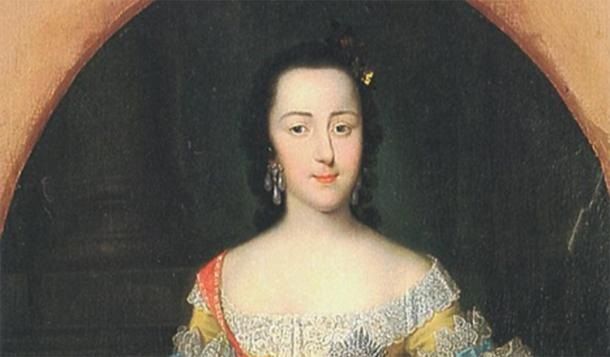 Portrait of the Grand Duchess Ekaterina Alekseyevna around the time of her wedding, by George Christoph Grooth, 1745. (Public Domain)