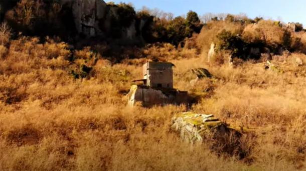 Etruscan Sasso del Predicatore rock cube in the Selva di Malano, Italy. (Project Tuscia / Youtube screenshot)