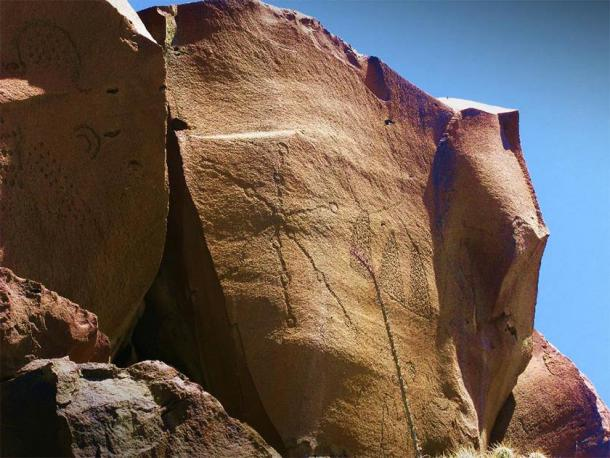 Most of the rock art at Boca de Potrerillos are petroglyphs. (Biologo Jorge Ayala/CC BY SA 4.0)