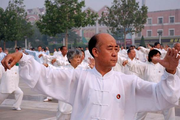 The arts of Qigong and Tai chi aim to balance the brain and body's Yin and Yang qualities. (SONGMY/CC BY 2.5)