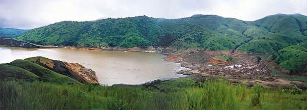 Lake Nyos in 1986, a month after the tragedy. (United States Geological Survey / Public domain)