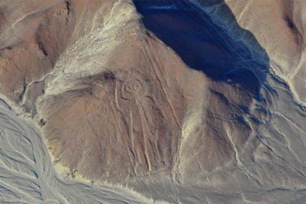 Aerial view of the Nazca Lines Owlman (astronaut), Peru. ( Cezary Wojtkowski /Adobe Stock)
