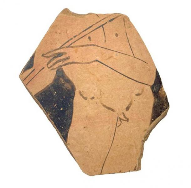 Fragment of a vase of Greek origin found in the grave where the Greek-Illyrian helmet was discovered. (Dubrovnik Museums)
