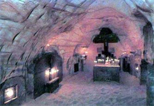 The interior of the limestone Pskov Caves, a necropolis for deceased monastery monks. (Pskovgo Narod)