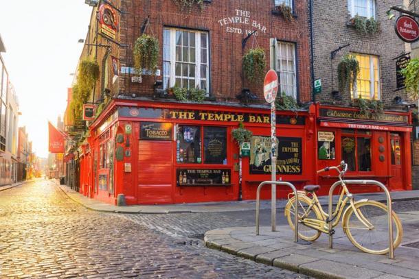 The Temple Bar in Dublin. (jon_chica / Adobe stock)