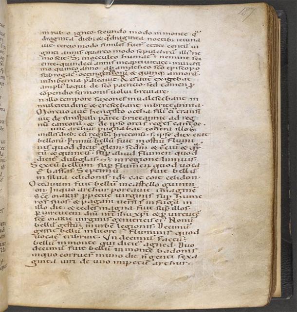 Digitized page from Historia Brittonum, 12th Century, held by Bibliothèque nationale de France (Public Domain)