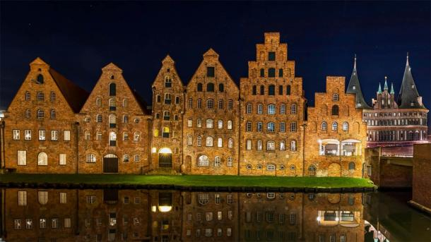 The salzspeicher (salt storehouses) of Lübeck in Germany are six historic brick buildings which are still standing today. The salt trade in the Middle Ages helped make Lübeck the center of all Baltic trade. (lsnurnfoto /Adobe Stock)