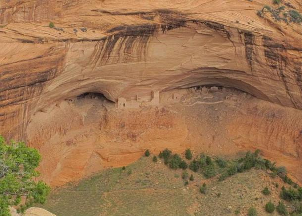 Mummy Cave at Canyon de Chelly National Monument. (Packbj / CC BY-SA 4.0)