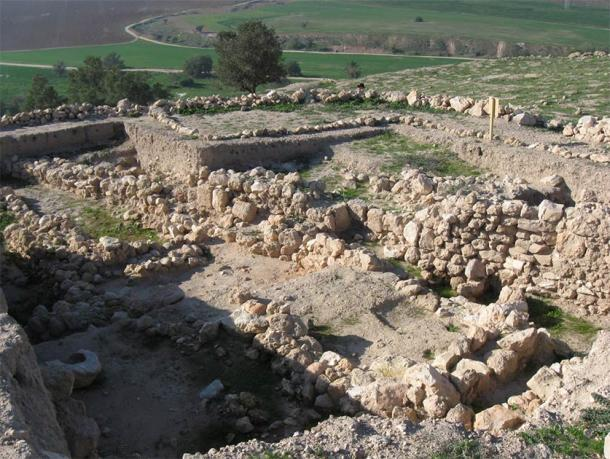 The Gath archaeological site in Israel where the Goliath fragment was found. This fragment is strongly connected with the Anakim giants. (Ori~ / Attribution)