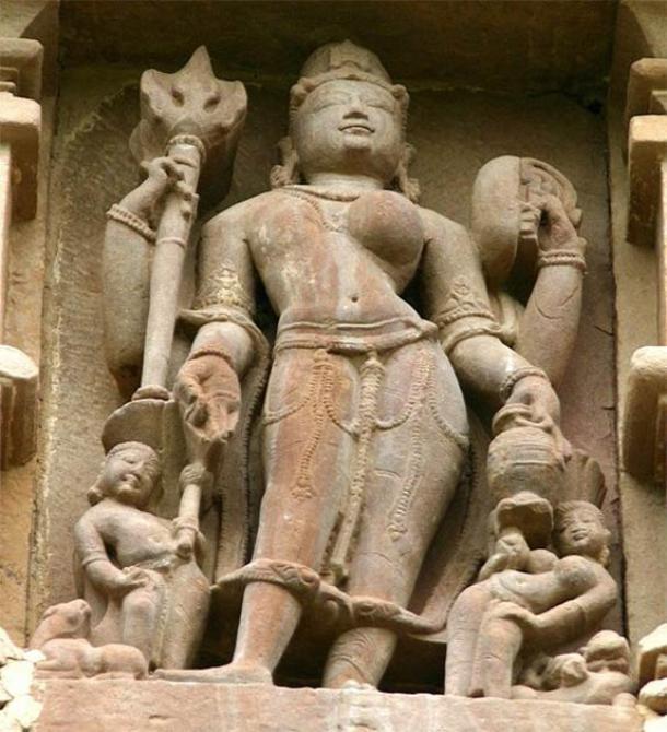 Ardhanarishvara Sculpture, Khajuraho (CC BY-SA 3.0)