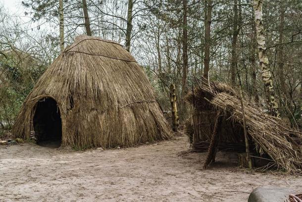 Illustrative of prehistoric campsite. (Fibs.Z / Adobe Stock)