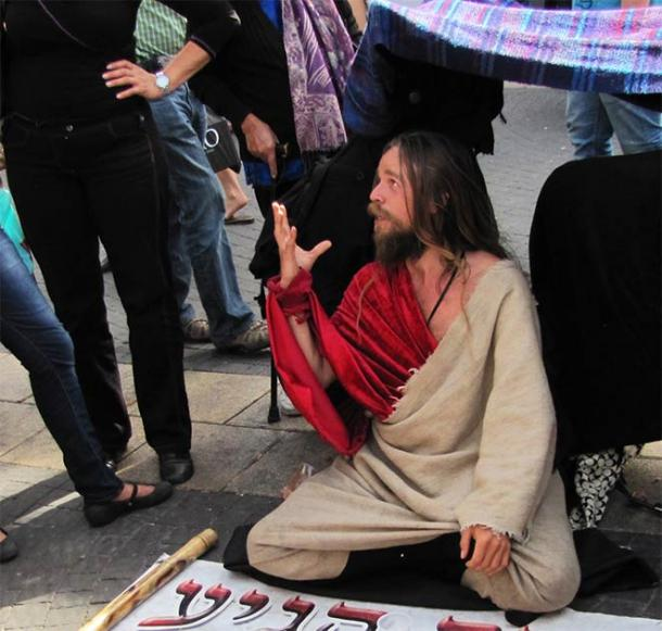 "A man suffering from ""Jerusalem Syndrome"" in Tel Aviv, 2010. He claimed he was the Messiah. This is a common affliction in Israel. (Jacek Proszyk/CC BY SA 4.0)"