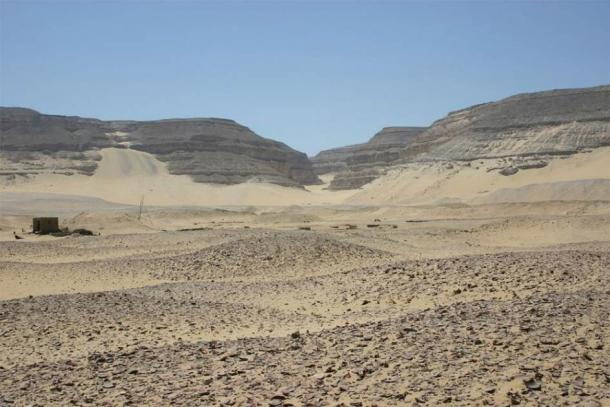 "The Royal Cemetery at Abydos, Umm El Qa'ab (""Mother of Pots"") where the graves of the Pharaohs of Dynasties 1-2 were found. (Markh / Public Domain)"