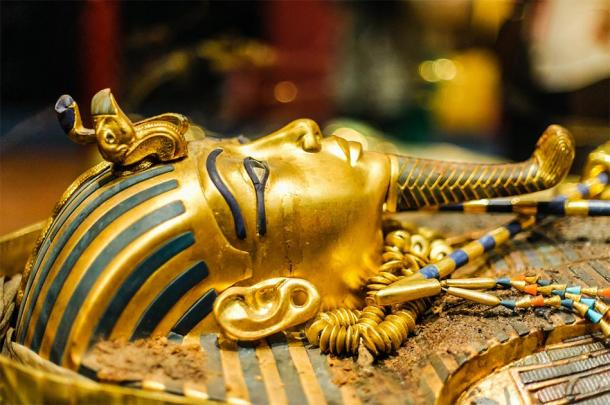 Mask of Pharaoh Tutankhamun. (Dieter Hawlan / Adobe stock)