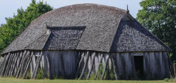 A Viking longhouse. (Lars Gieger /Adobe Stock)