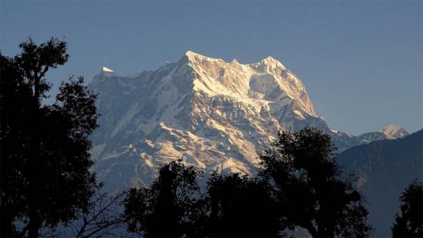 View of Mount Chaukhamba from Tunganath Temple. (Sushant Pandey / Knowledge of India)
