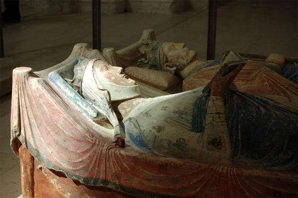 Effigy of Eleanor of Aquitaine at Fontevraud Abbey, where she was buried next to her husband, Henry, and son, Richard. (ElanorGamgee / CC BY 3.0)