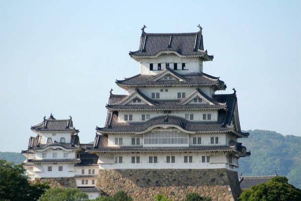 The keep of Himeji Castle (CC BY-SA 3.0)