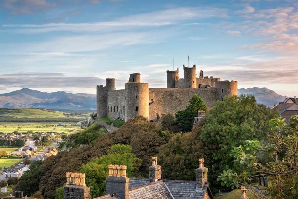 Harlech Castle, Gwynedd, Wales (valeryegorov / Adobe Stock)