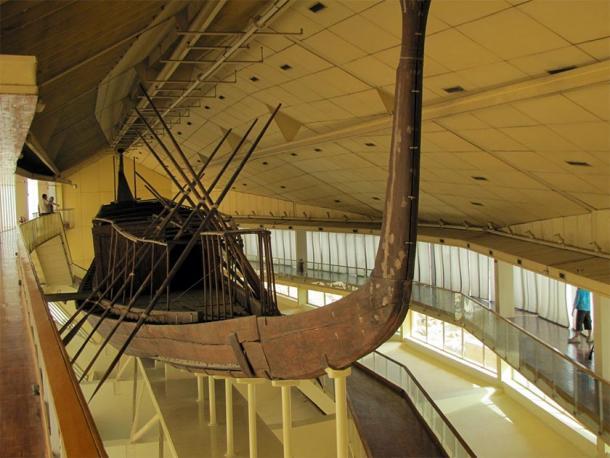 La magnifica barca di Khufu, Museo della barca solare, Giza, Egitto.