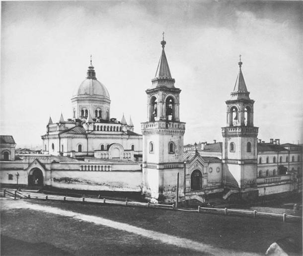 Darya Saltykova was sentenced to life in prison at the Ivanovski Convent, known as the St. John the Baptist Convent, in Moscow, which had long served as a prison for ladies of royal and noble blood. She sat in dark solitary confinement for the duration of her natural life. (Public domain)