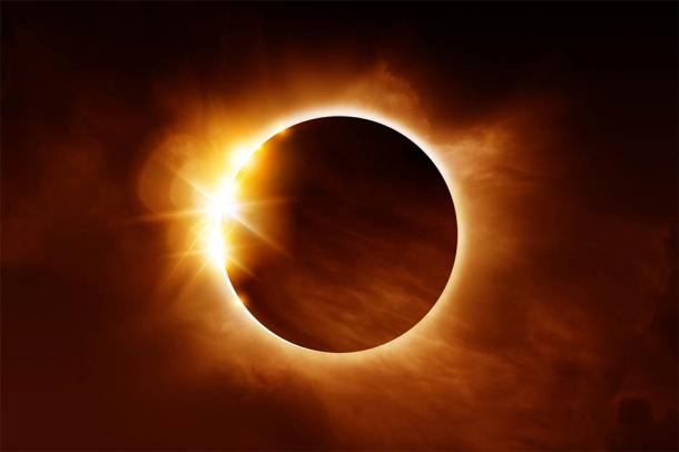 Could there be a correlation between solar eclipses and historic events, such as the founding of Amarna in the empty desert sands of Egypt? (James Thew / Adobe Stock)