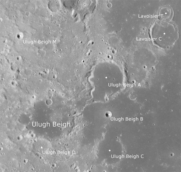 Satellite images of the Ulugh Beigh crate on the moon. (NASA / LRO_LROC_TEAM / Public domain)