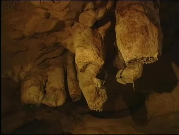 The stalagmites and stalactites. (Provided by author)