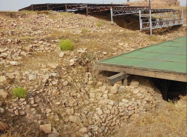 The compacted infill behind Göbekli Tepe's Enclosure D.