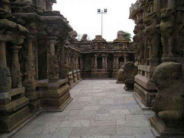 View inside Kanchi Kailasanathar Temple.