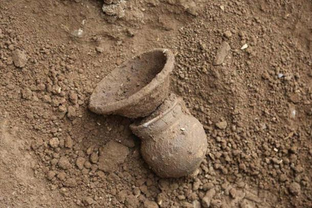 An intact jar found in the Assyrian tomb at Erbil, Iraq.