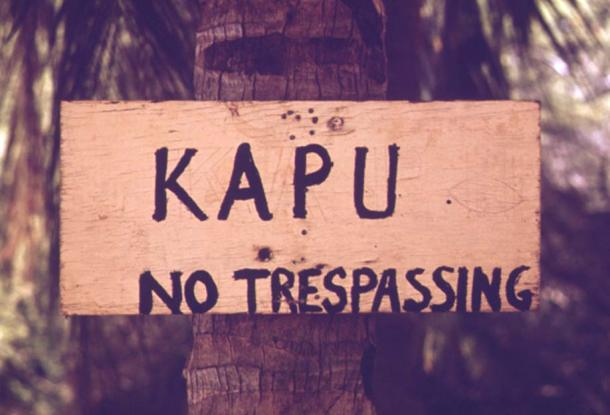 A kapu sign in Maui, Hawaii