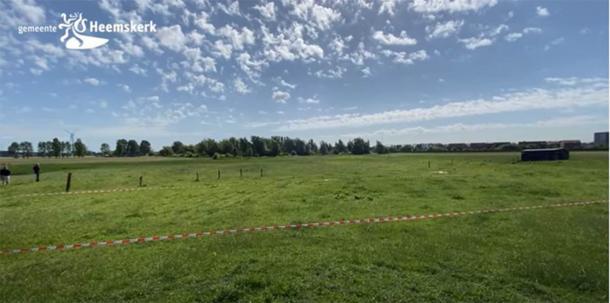 Área de tierra donde se encuentra el antiguo castillo holandés recientemente descubierto (Gemeente Heemskerk / Captura de pantalla de YouTube)