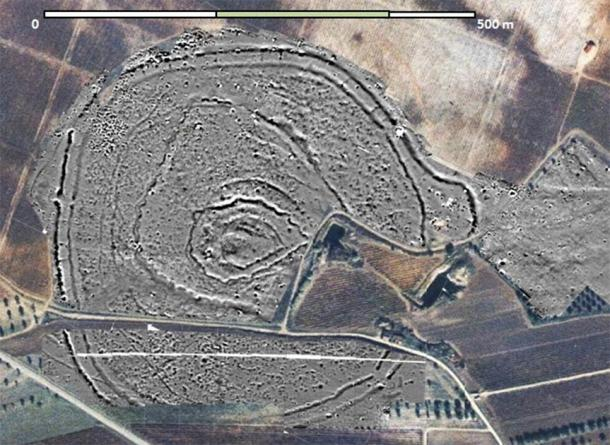 """The large Stone Age complex in Portugal where the Perdigões' Neolithic """"Woodhenge"""" was recently discovered. (Perdigões Research Program)"""